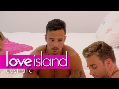 Grant doesn't think Cassidy is genuine | Love Island Australia 2018