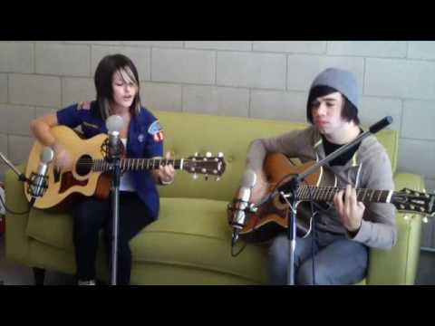 Hey Monday - Homecoming (PureVolume Acoustic)