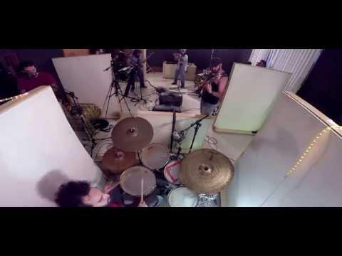 Caapora - Onça [ao vivo em estúdio]