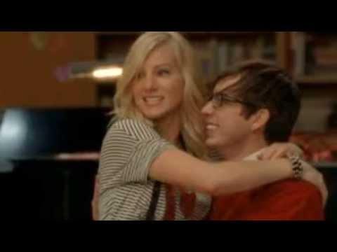 Glee couples saison 1 a 3 (видео)