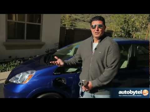 2013 Honda Fit EV Video Review