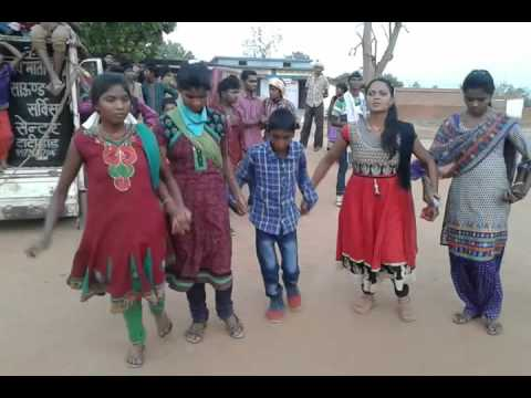 Video Nagpuri chain dance Marriage at dharamjaigad download in MP3, 3GP, MP4, WEBM, AVI, FLV January 2017