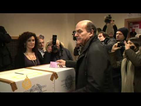 Italians cast ballots on final voting day