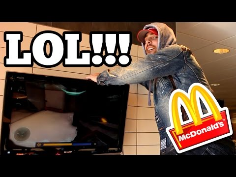 (POLICE CALLED!!) Playing My Xbox One In MCDONALDS // Playing Halo Inside Mcdonalds (KICKED OUT)