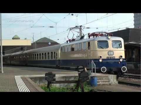 e10 - Sonderzug mit historischer E-Lok BR E10 1239 verlässt Basel.