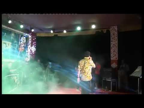 Video Bojhena Se Bojhena - Zubeen Garg Live At Sagardighi In Murshidabad download in MP3, 3GP, MP4, WEBM, AVI, FLV January 2017