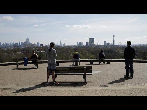 COVID-19: Φόβοι για «κόπωση» των πολιτών