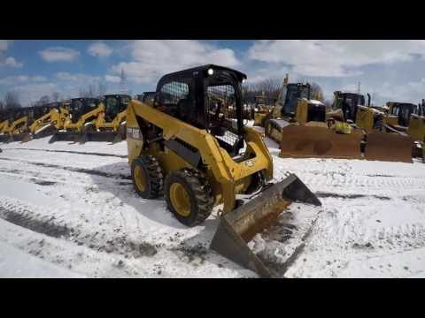 Caterpillar MINIÎNCĂRCĂTOARE RIGIDE MULTIFUNCŢIONALE 236D equipment video -Nn2uU4Wa3Y