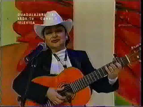 Miriam Núñez -FLOR SIN RETOÑO -.