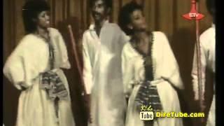 Alagaw Tiruneh   Classic Oromiffa Song