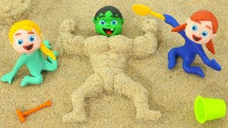 BABY HULK BECOMES MUSCLE MAN ❤ Superhero & Frozen Elsa Play Doh Cartoons For Kids