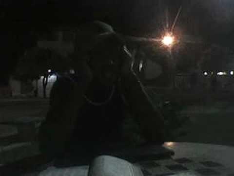 Robertinho Vidal ao vivo na praça de Fernandes Tourinho.avi