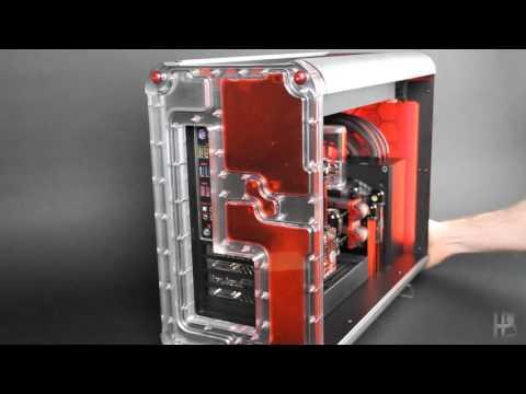他將紅色液體倒進這台特製電腦主機裡頭,開機時的超帥變化已經讓網友哭喊:「拜託幫我做一台!」