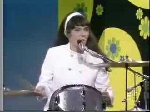 Carpenters - Dancing In The Street (1968, good quality)