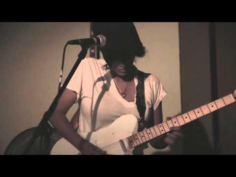Mishti - What I Am (Edie Brickell Cover)