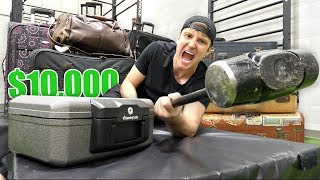 Video $10,000 OF LOST AIRPORT LUGGAGE!! (Buying $10,000 Lost Luggage Mystery Auction) MP3, 3GP, MP4, WEBM, AVI, FLV Maret 2019