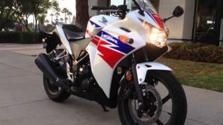 6. 2013 Honda CBR250R White Tricolor HRC