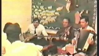 Bajrush-Hajdar Doda Kadri Moni Kenga Rrethimi Azem Bejtes 1.wmv