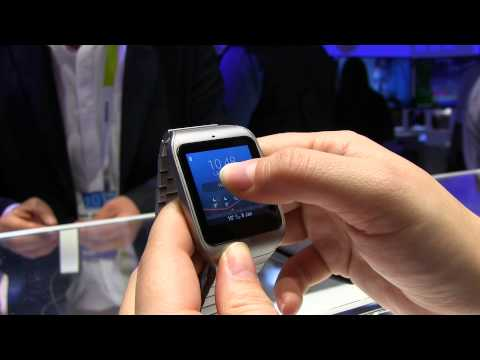 Sony SmartWatch 3 Steel Hands On at CES 2015