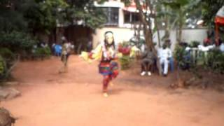 Video Dancing masqurade at Nwibe okoye's funeral, 2009 MP3, 3GP, MP4, WEBM, AVI, FLV Juli 2018