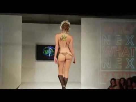 flv - very sexy show from 2008 - no idea which fashiondesigner???