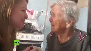 """""""Te amo"""": Una abuela con Alzheimer reconoce por un instante a su nieta"""