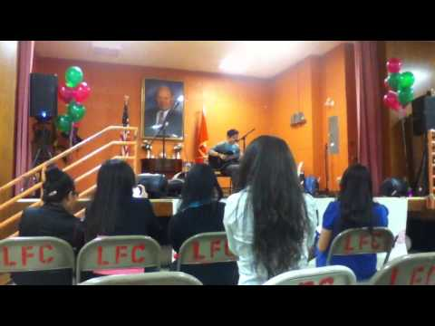 "Cody C. Lee - ""Nyob Ib Sab Ntuj"" (Live) at Hmong American Day"