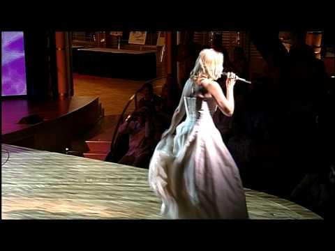 Jane Comerford: Das Acoustic Fun Orchestra begleite ...