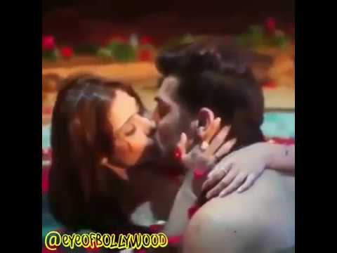 Sara Khan Hot Kissing Behind The Scene.