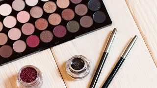 Who knew this beauty product could be used for so many different things! Follow along as Meghan demonstrates 5 unique and simple eyeshadow hacks! MEGHAN WESCOMBE: Facebook: https://www.facebook.com/meghan.wescombe?fref=tsInstagram: https://www.instagram.com/meghanwescombe/∞ Subscribe to ICON: http://goo.gl/DptTm ∞ ICON network on the Web:http://youtube.com/ICONnetwork http://facebook.com/ICONnetwork http://twitter.com/ICONnetwork http://pinterest.com/ICONnetwork http://instagram.com/ICONnetwork http://google.com/+ICONnetwork http://icon.networkGet the ICON app for iOS and Android now: http://icon.network/s/iconappICONnetwork is a lifestyle network by Michelle Phan.Michelle PhanYouTube: http://bitly.com/MichellePhanYTFacebook: http://bit.ly/MichellePhanFBTwitter: http://bit.ly/MichelleTweets