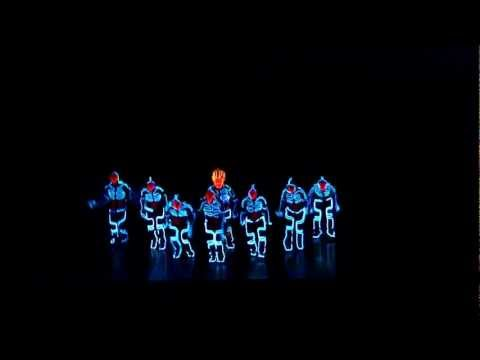 Amazing Tron Dance performed by Wrecking Orchestra