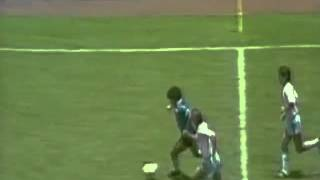 Download Lagu Diego Maradona's Goal   The best Goal ever Mp3