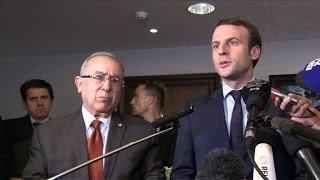 Video Emmanuel Macron entame une visite de deux jours à Alger MP3, 3GP, MP4, WEBM, AVI, FLV Juni 2017