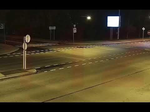 """Велосипедист попал в """"ДТП"""" в Петербурге и заявил в полицию, что его сбила машина."""