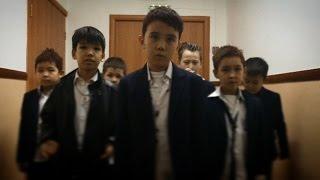 Video BTS_Boy in Luv Parody MP3, 3GP, MP4, WEBM, AVI, FLV Maret 2018