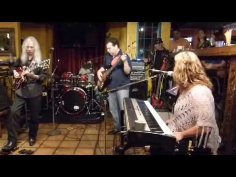 Dolly Rappaport and her family band at Hola 9 2 12