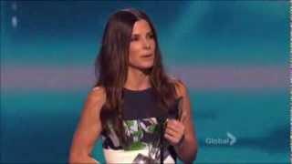 Sandra Bullock win Favorite Movie Actress at 2014 People's Choice Award