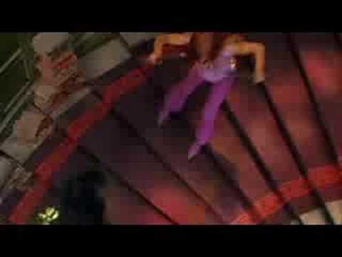 Scooby Doo 2 (SarahMichelleGellar as Daphne -fight scene)