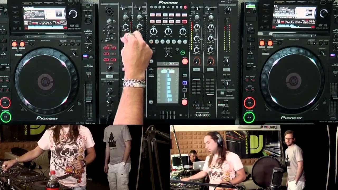 Cristian Varela - Live @ DJsounds Show 2011