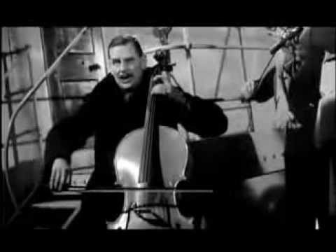 Titanic. A Night To Remember. (1958) 'Nearer My God To Thee'. Violin Scene.