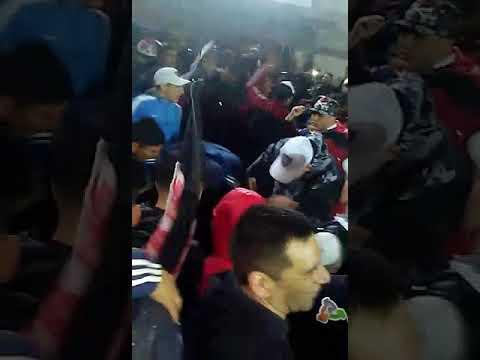 Hinchada de Chacarita Vs Tigre 1 a 1 - La Famosa Banda de San Martin - Chacarita Juniors