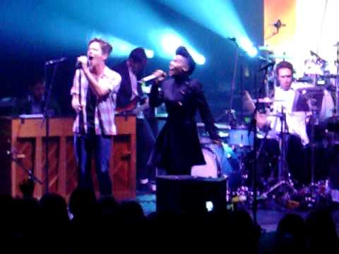 fun. – We Are Young feat. Janelle Monae (live)