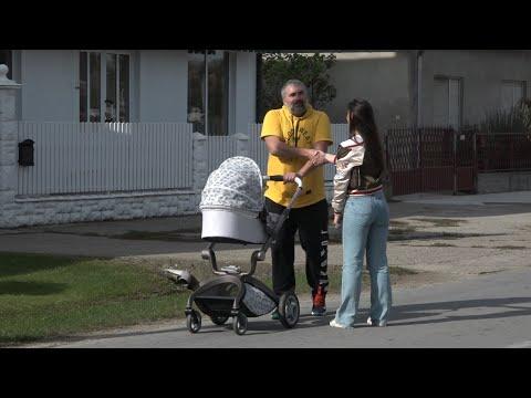 PAPARACO - Miki Đuričić uhvaćen sa ćerkom