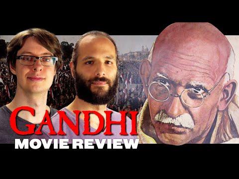Gandhi (1982) - Movie Review | Ben Kingsley