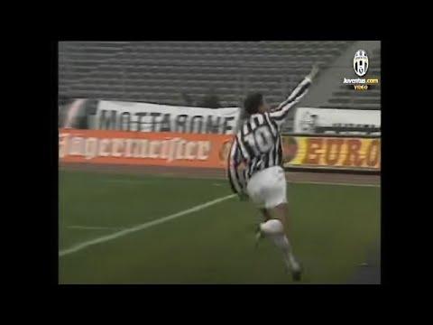 roberto baggio segna 4 goal all'udinese