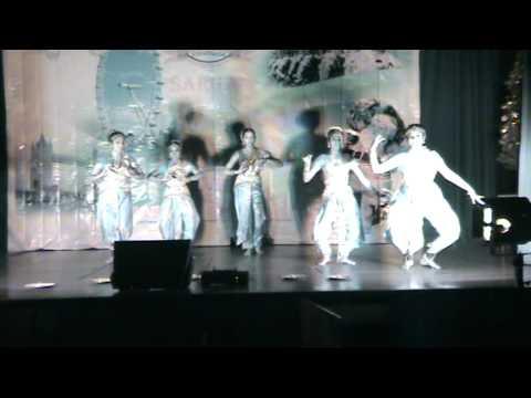 Video Stevenage X'mas Welcome dance: Kera nirakal aadum download in MP3, 3GP, MP4, WEBM, AVI, FLV January 2017