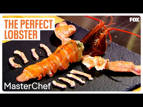Gordon Ramsay Demonstrates How To Cook The Perfect Lobster | Season 7 Ep. 6 | MASTERCHEF (видео)