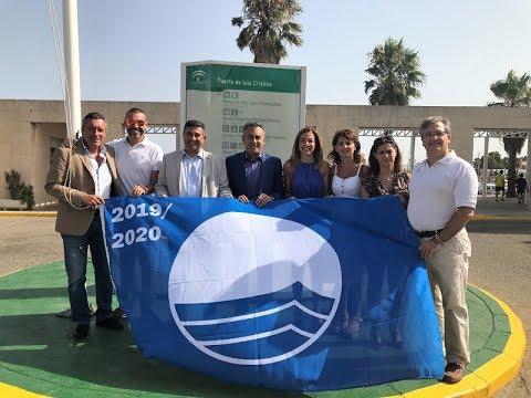 Izado Bandera Azul en el Puerto Deportivo de Isla Cristina 2019-20.