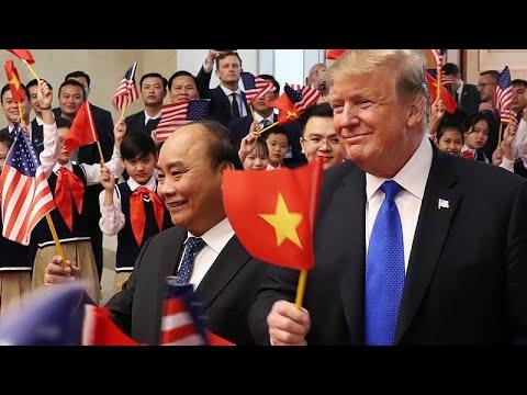 Vietnam / USA: Trump trifft vietnamesischen Präsident ...