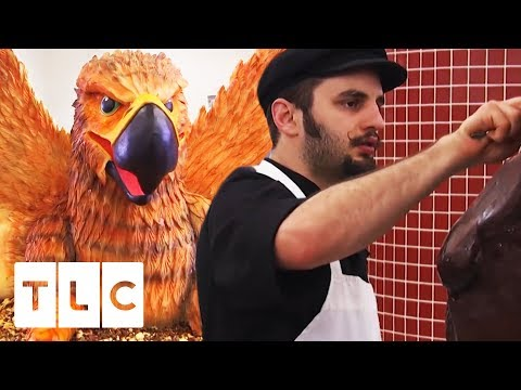 Ralph Is The King When It Comes To Sculptures! | Cake Boss